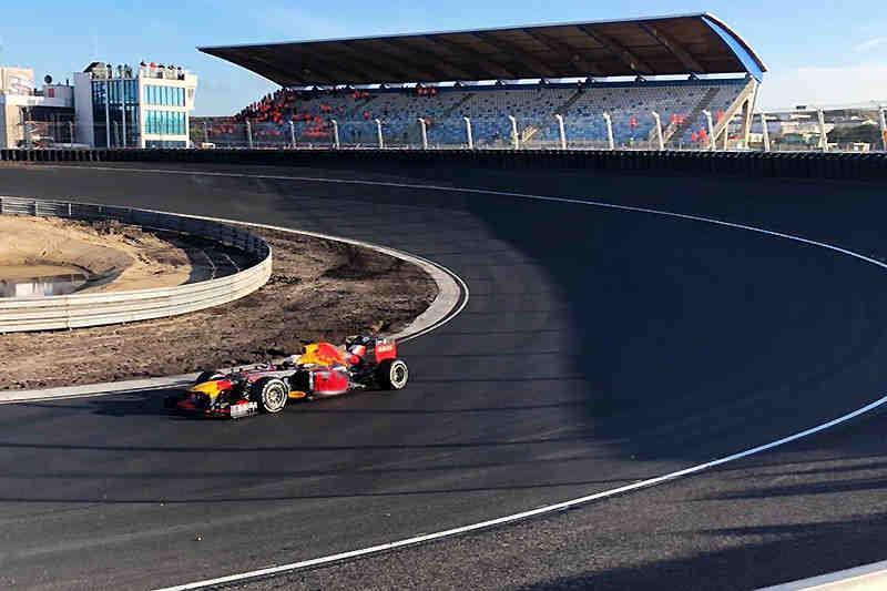 Qui est le nouveau pilote de la Ferrari F1 2021?