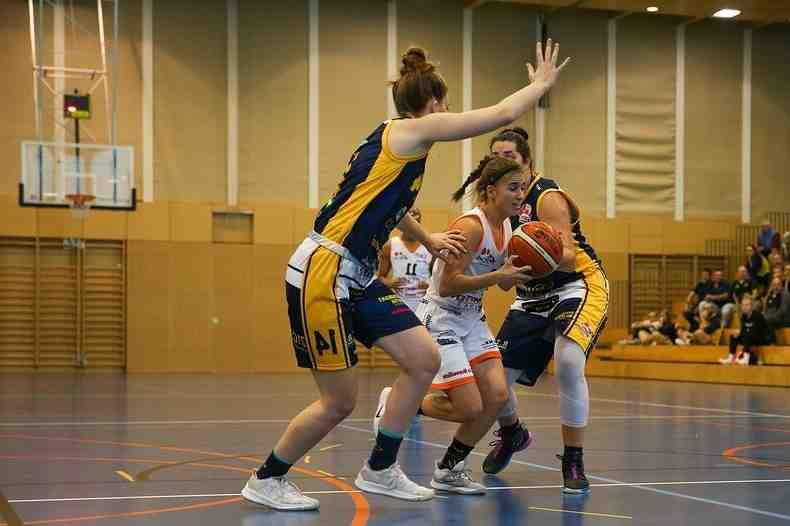 Basket: «3T» surprend Genève, Hélios sans souci