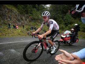 Cyclisme: le Suisse Marc Hirschi et son équipe écartés...