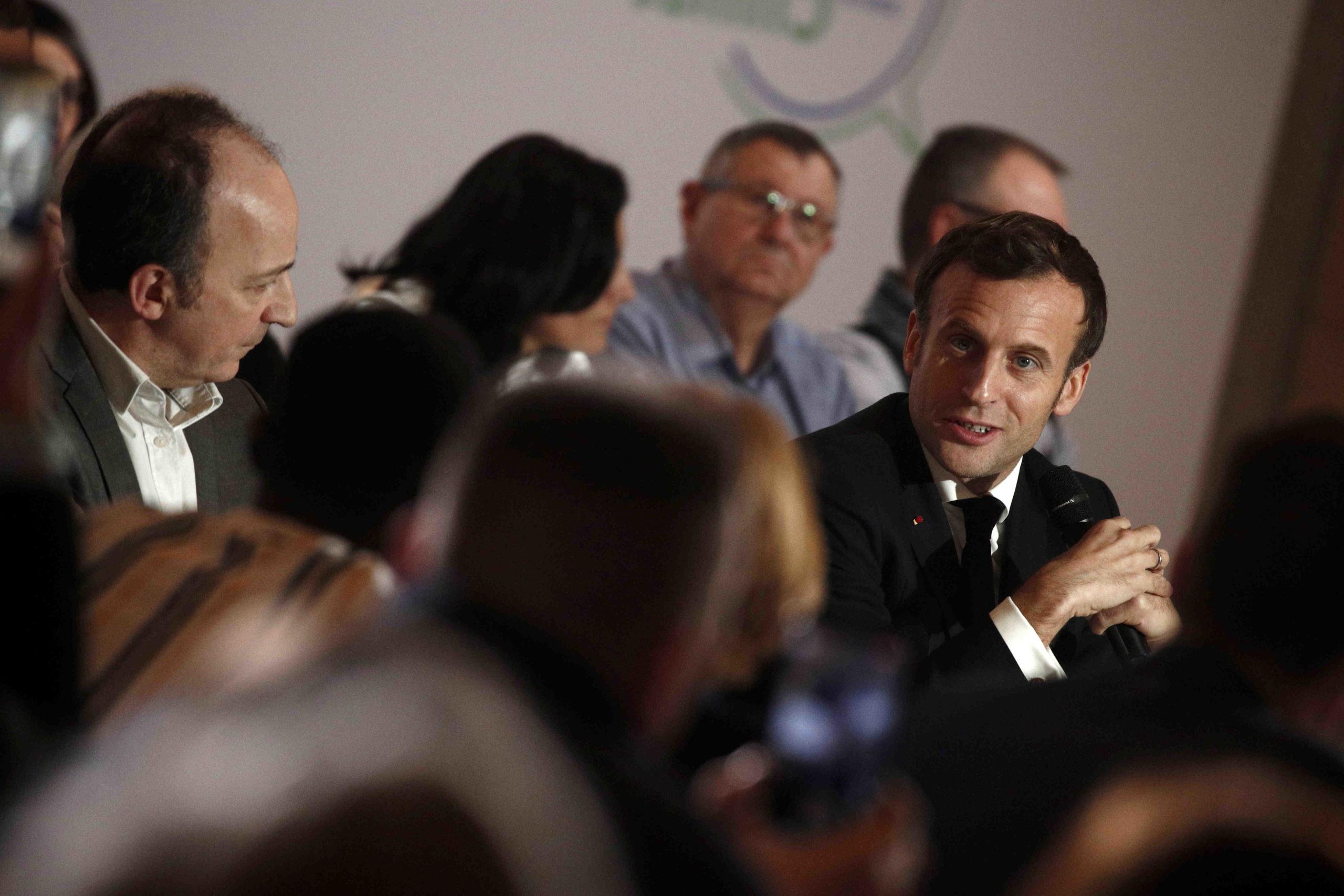 """Emmanuel Macron est fascinant"""