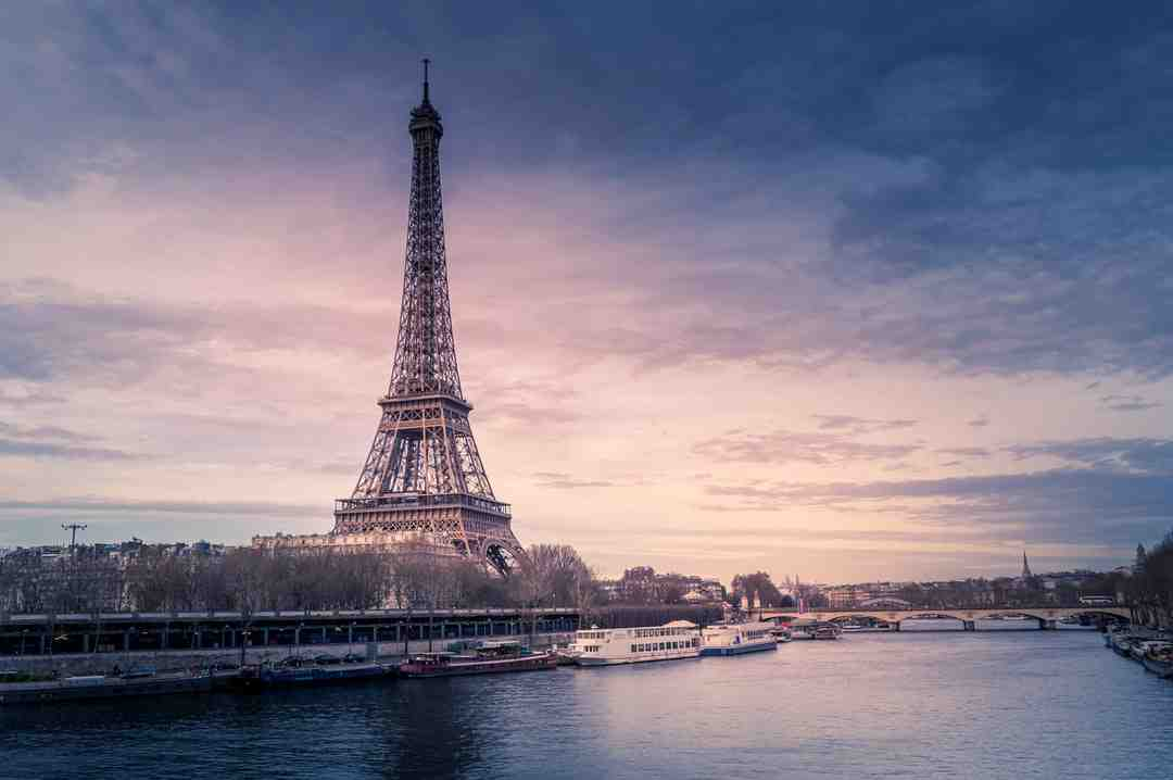 France: l'euthanasie déchaîne les passions