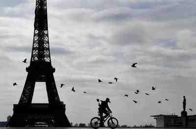 Le président français doit s'exprimer ce mercredi, à 20h, sur la manière dont il entend freiner la pandémie de Covid-19 et vacciner la population.