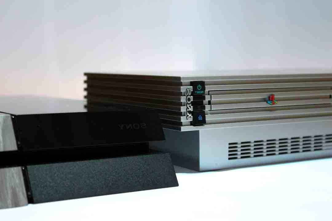 Sony et Microsoft, deux écoles différentes?