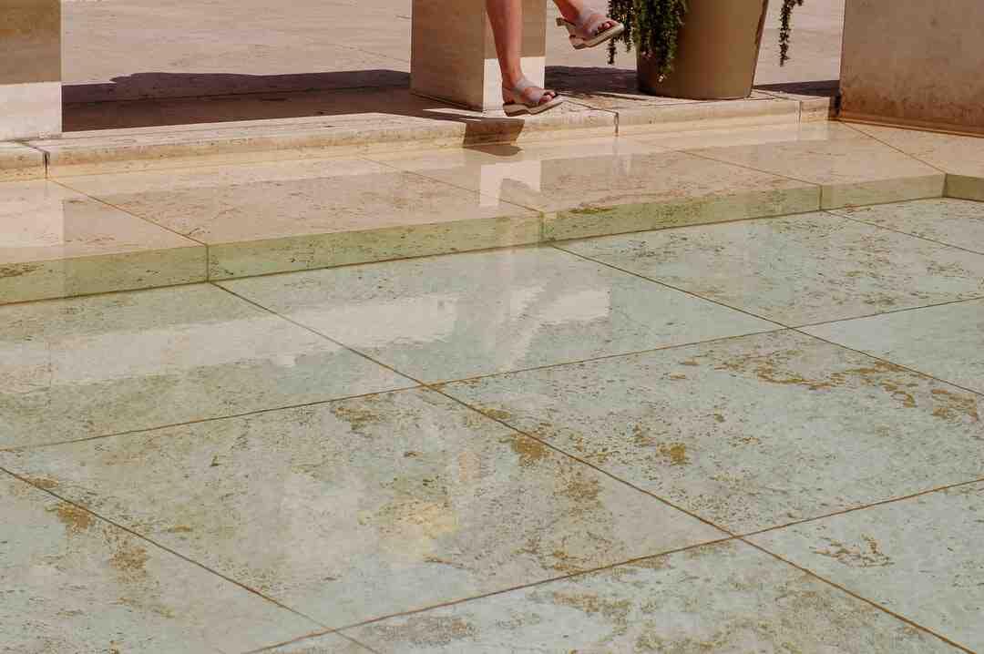 Comment  Niveler le sol pour installer une piscine