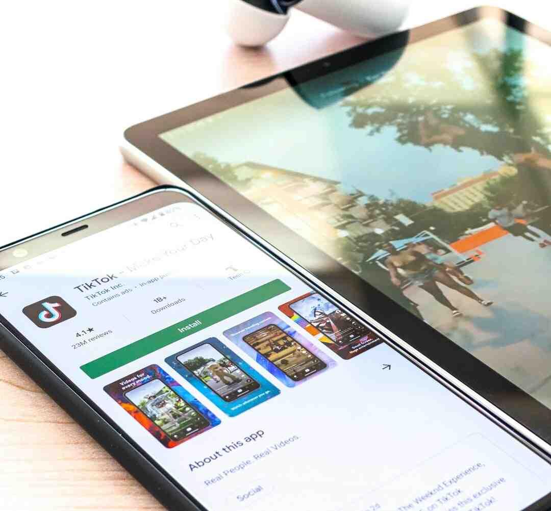 Comment  Télécharger une application depuis Google Play