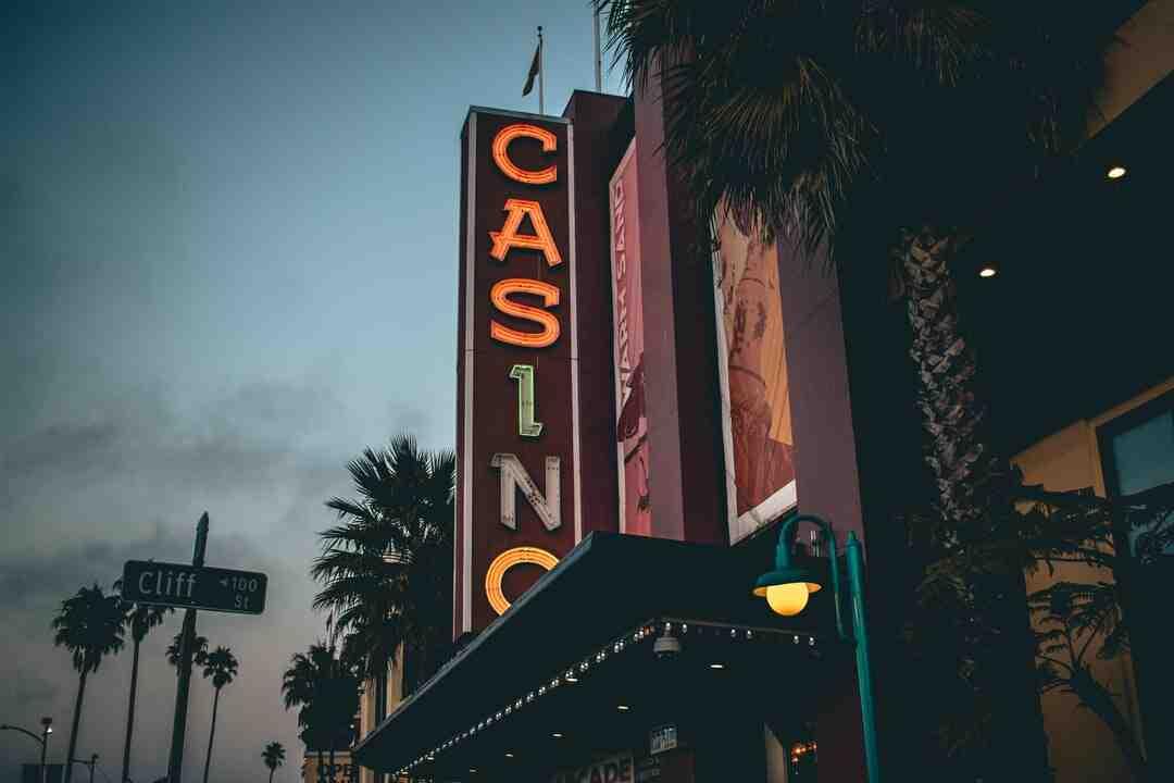 Comment choisir une machine à sous au casino ?