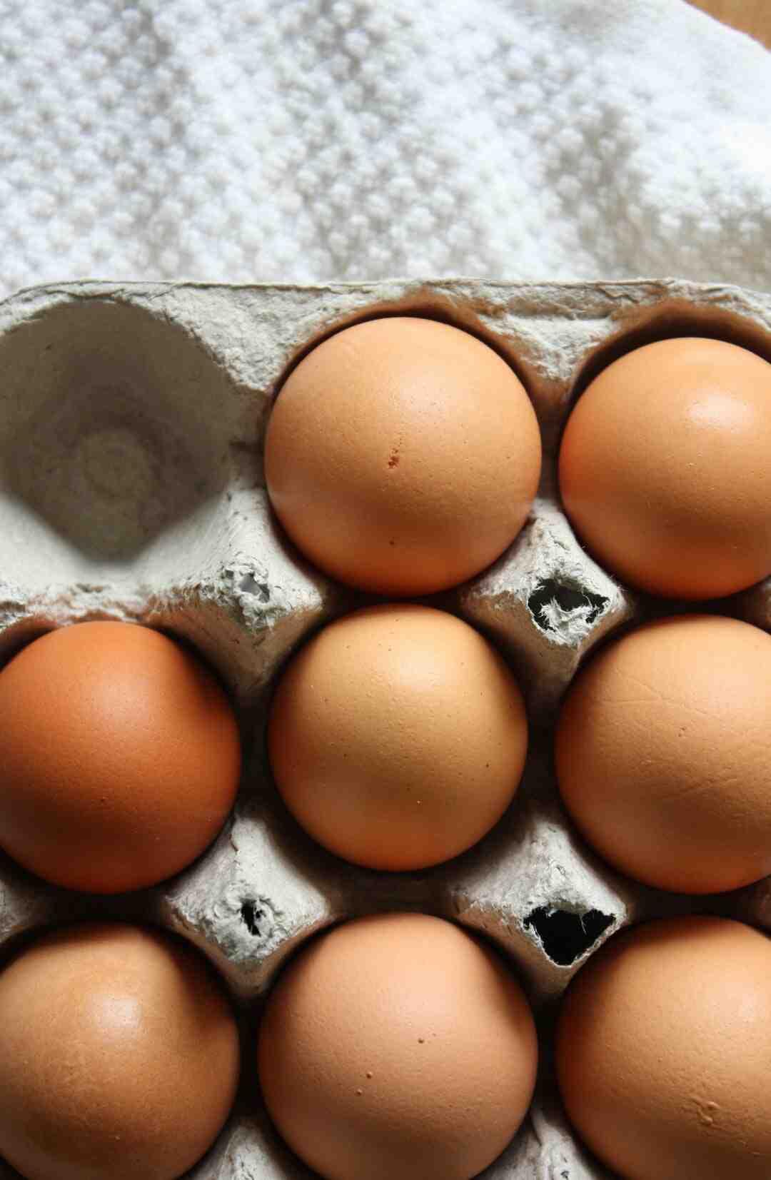 Comment durcir une coquille d'œuf vide ?
