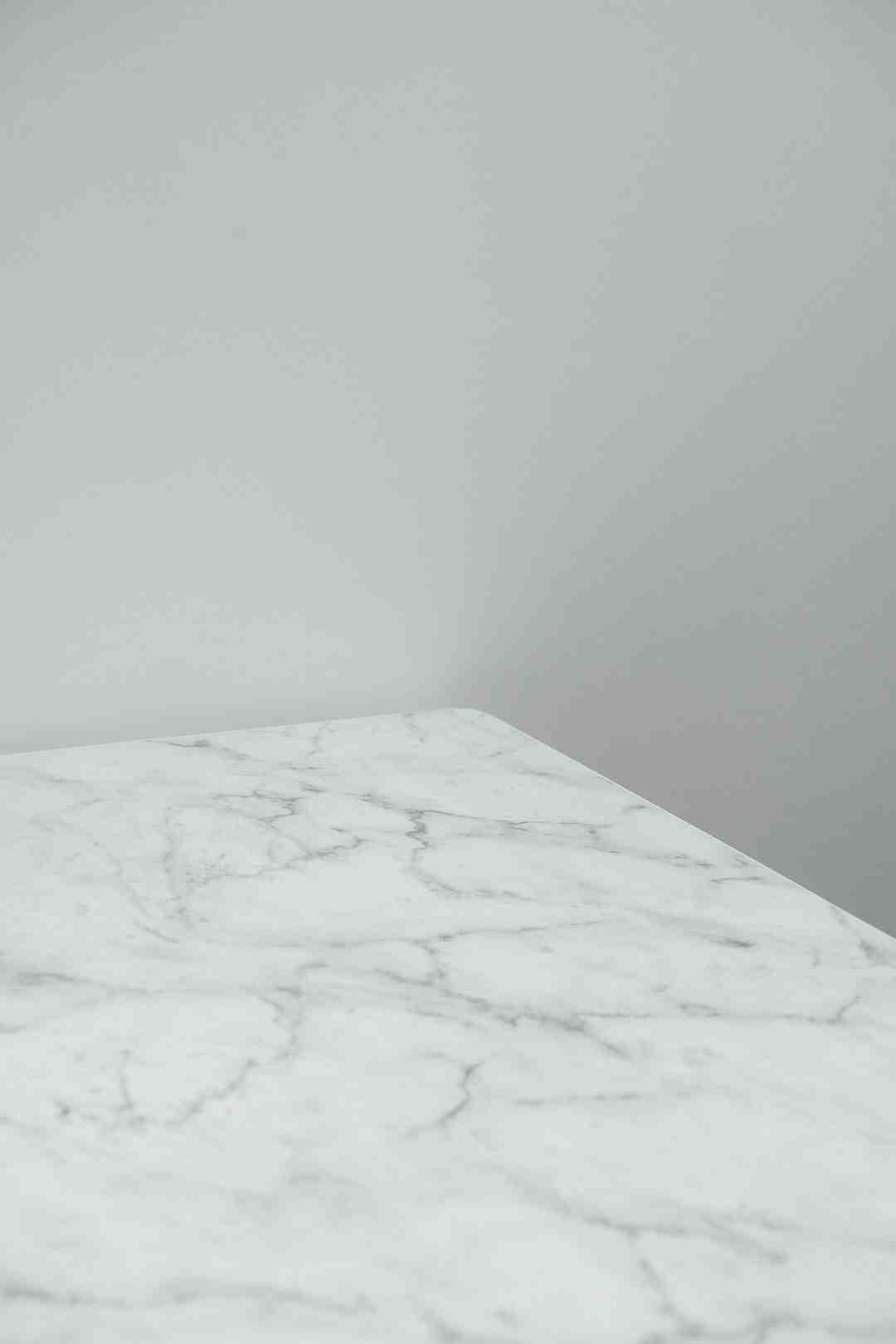 Comment enlever trace de calcaire sur marbre ?