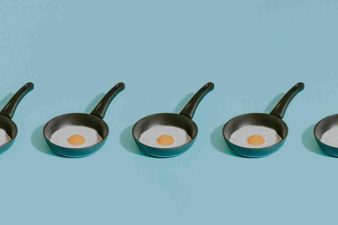 Comment faire cuire des œufs durs pour les écaler facilement ?