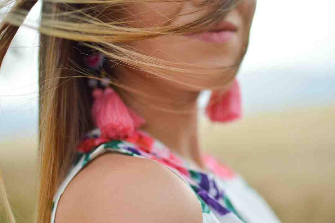 Comment faire des boucles d'oreilles avec du tissu ?