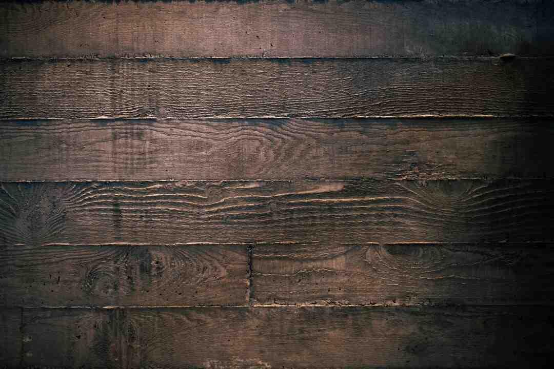 Comment faire une clôture en bois sur Muret ?