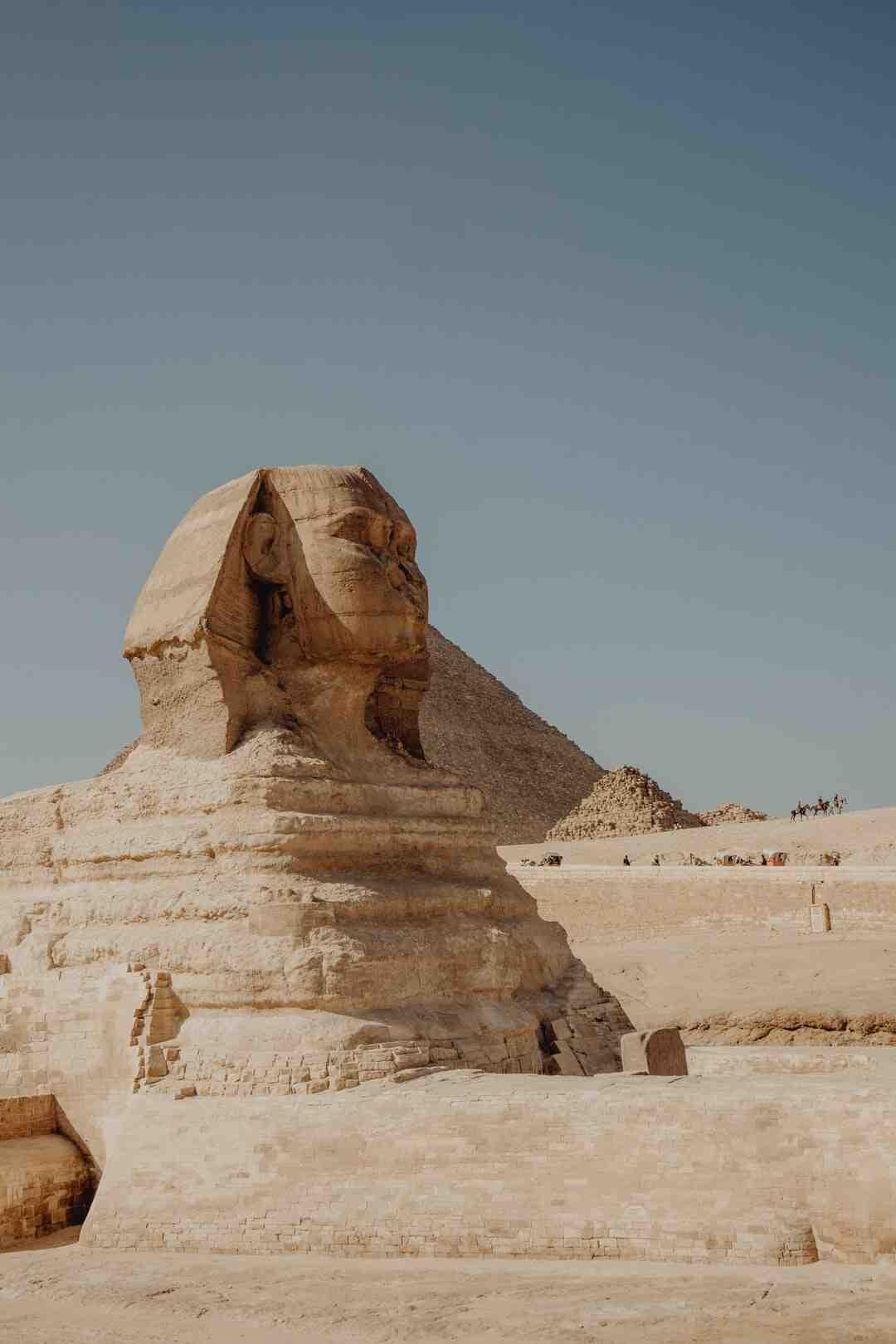 Pourquoi les Égyptiens ont construit les pyramides ?