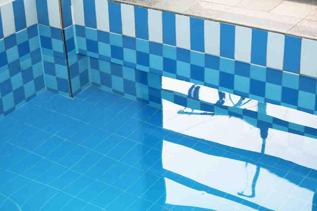 Quand installer piscine hors sol ?