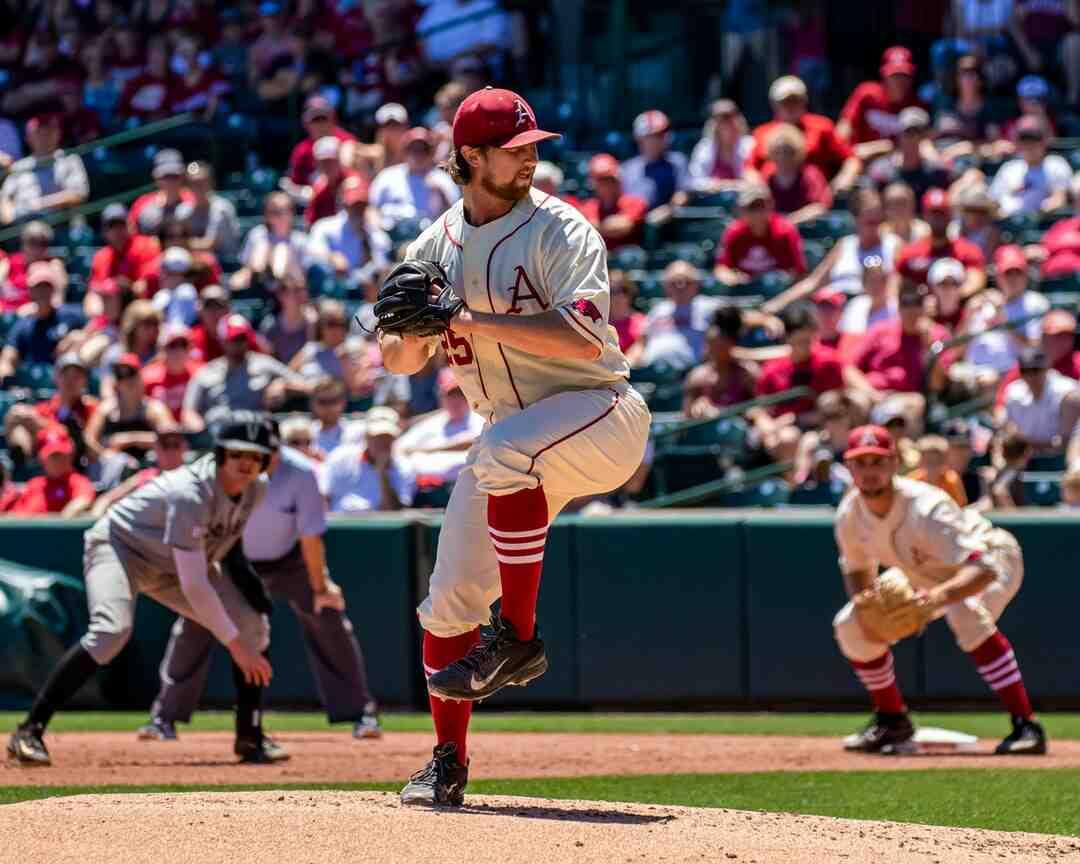 Quelle est la distance entre les bases au baseball ?