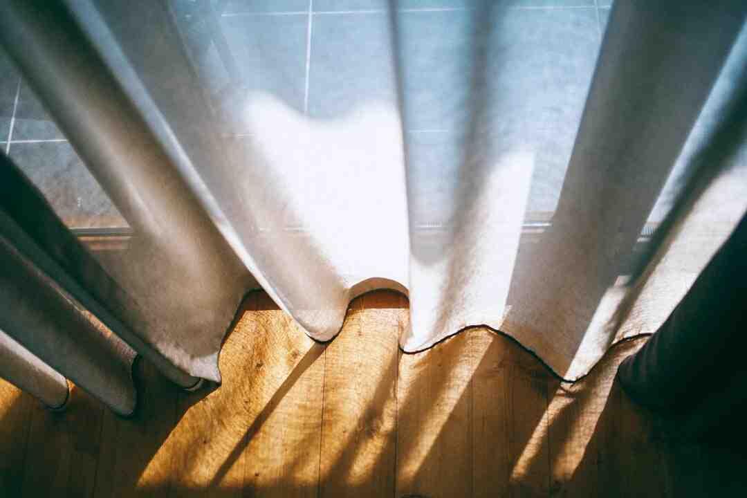 Comment  Installer des rideaux