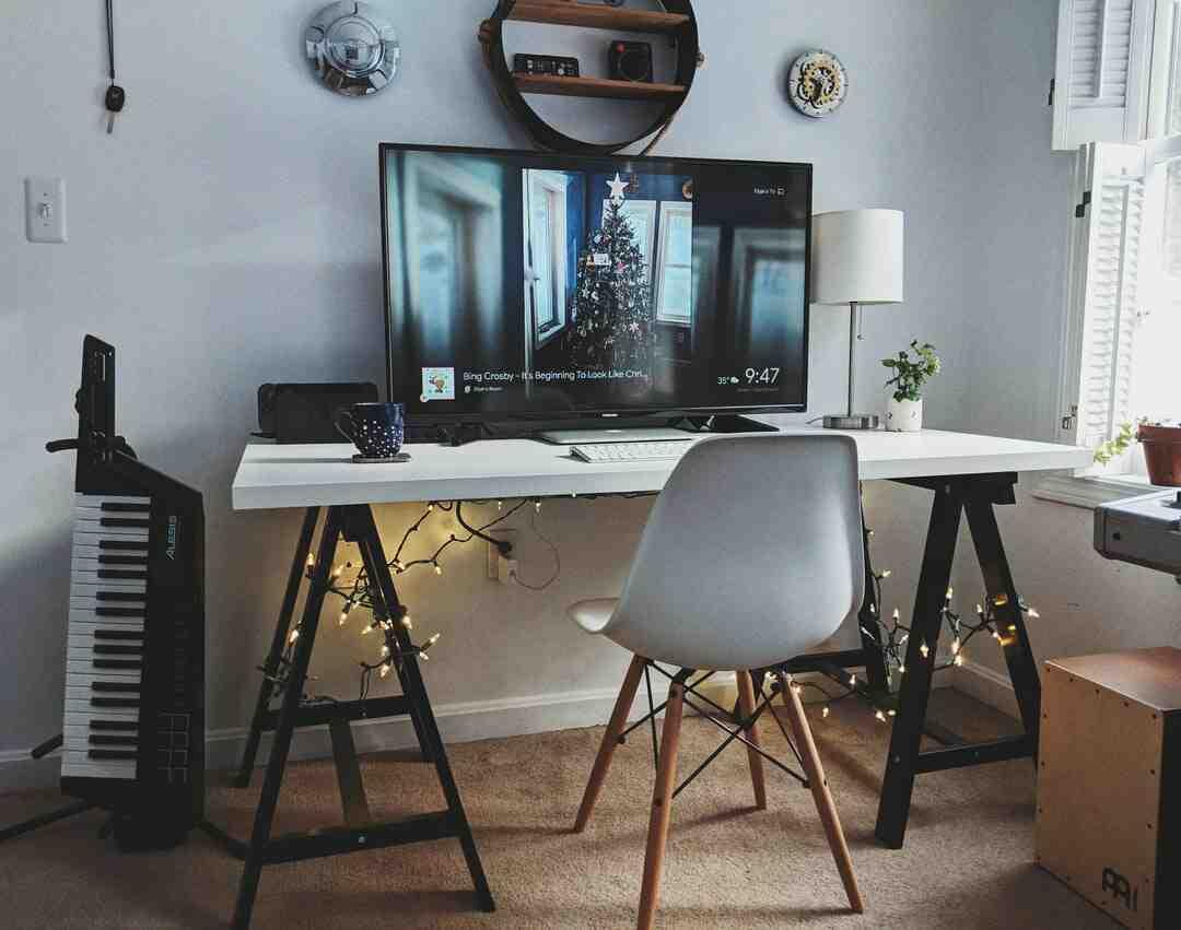 Comment connecter un ordinateur portable à une télévision en wifi ?