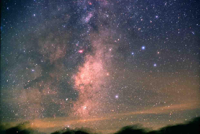 Pourquoi Peut-on voir la Voie lactée ?