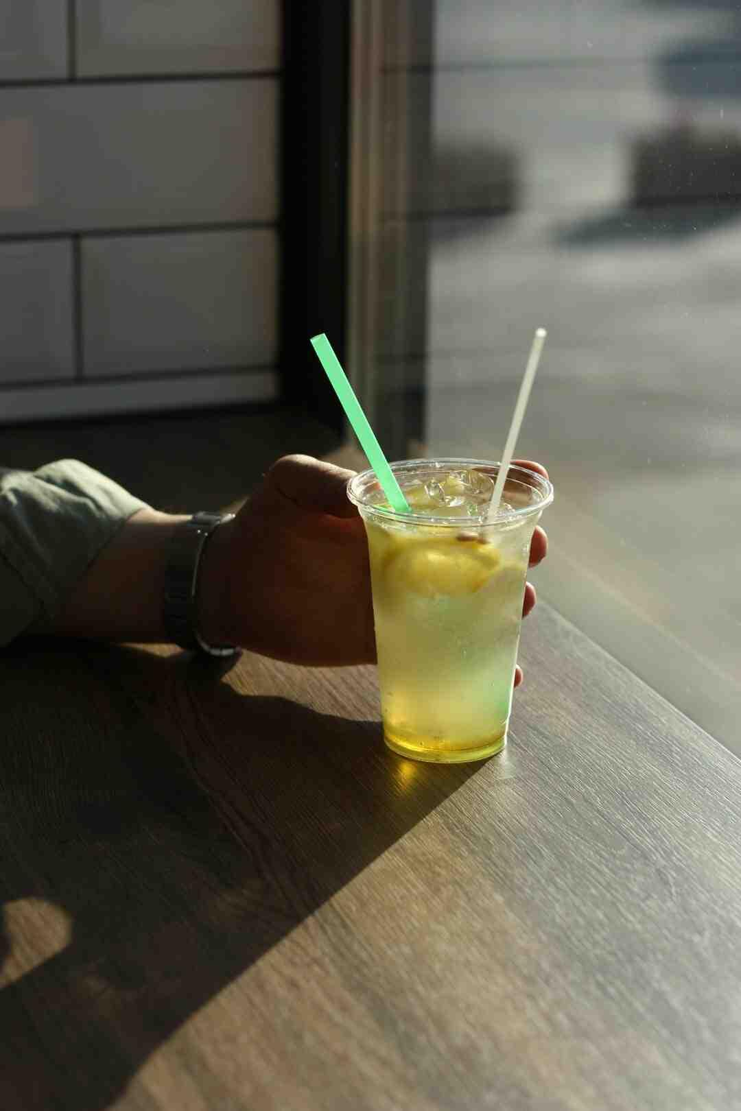 Qui A-t-il dans la limonade ?