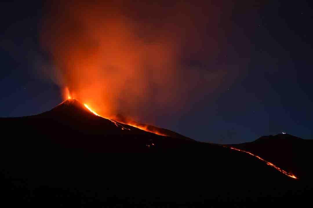 Comment  Faire un volcan en argile