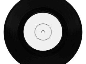 Comment  Installer une gouttière en vinyle