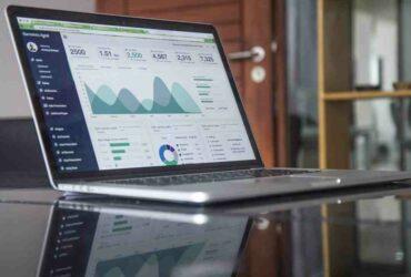 Comment  Nettoyer un écran d'ordinateur portable avec des produits ménagers