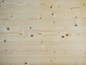 Comment  Restaurer une table en bois